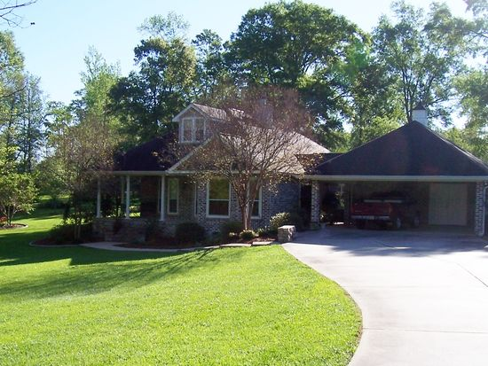16 Timber Creek Dr, Picayune, MS 39466