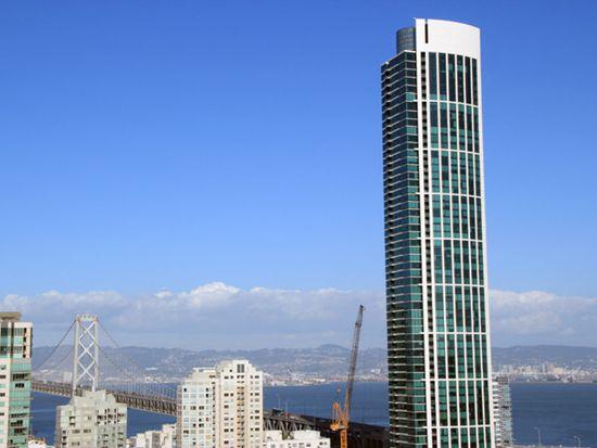 425 1st St UNIT 907, San Francisco, CA 94105
