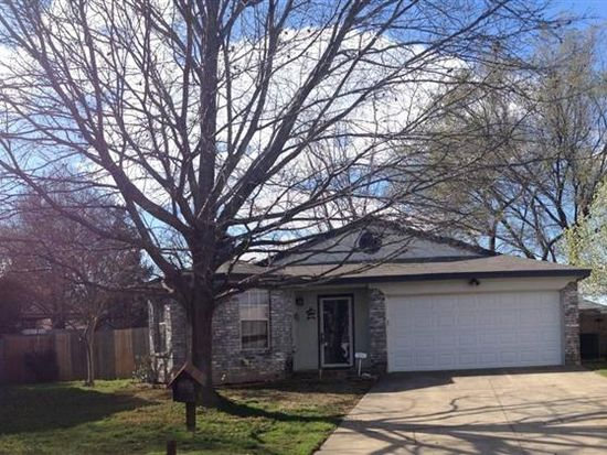 4 Canary Ct, Mansfield, TX 76063