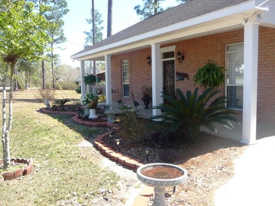 123 Tanglewood Dr, Carriere, MS 39426