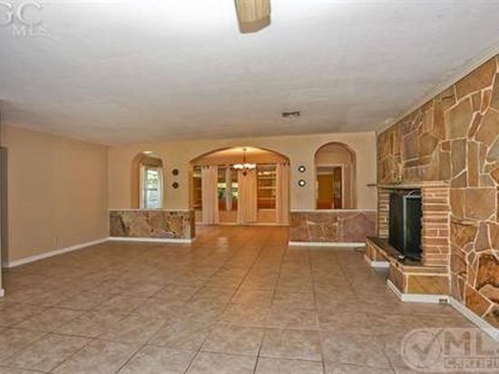 1806 Ardmore Rd, Fort Myers, FL 33901