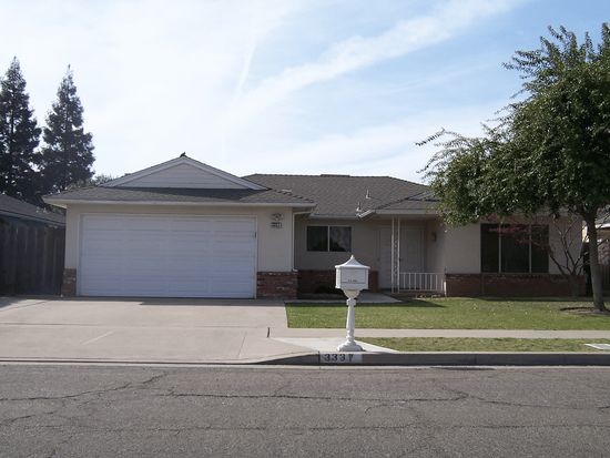 3337 W Rialto Ave, Fresno, CA 93722