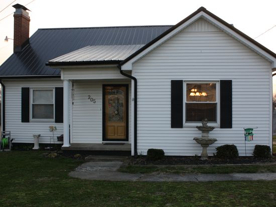 205 Lexington Dr, Glasgow, KY 42141