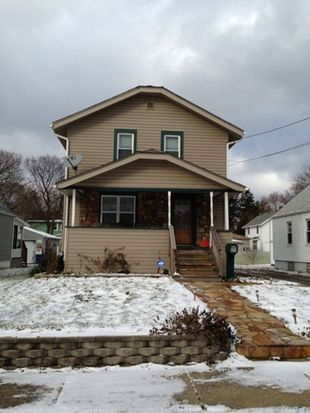 2525 Albrecht Ave, Akron, OH 44312