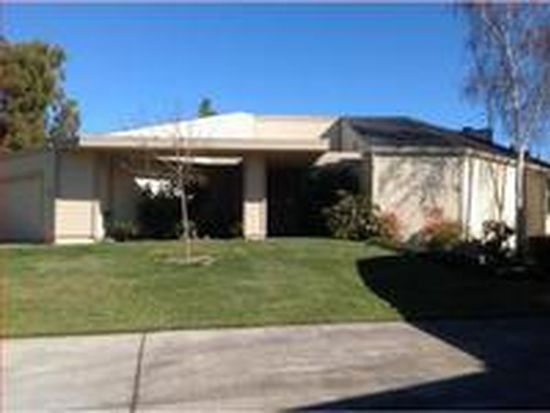 7 Alverno Ct, Redwood City, CA 94061