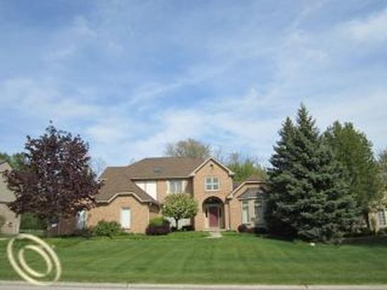 11864 Deer Creek Cir, Plymouth, MI 48170