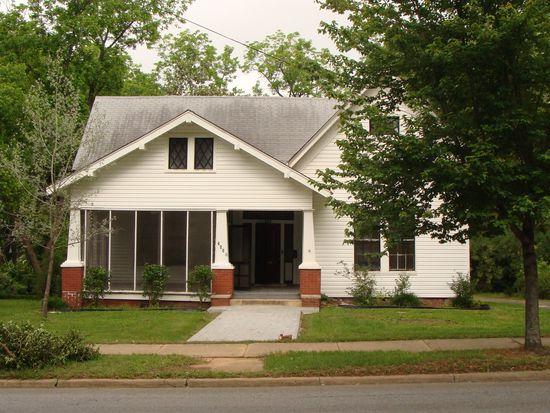 265 N Harris St, Sandersville, GA 31082