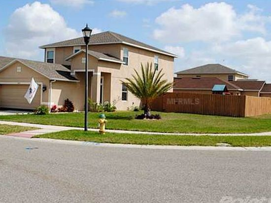 826 College Chase Dr, Ruskin, FL 33570