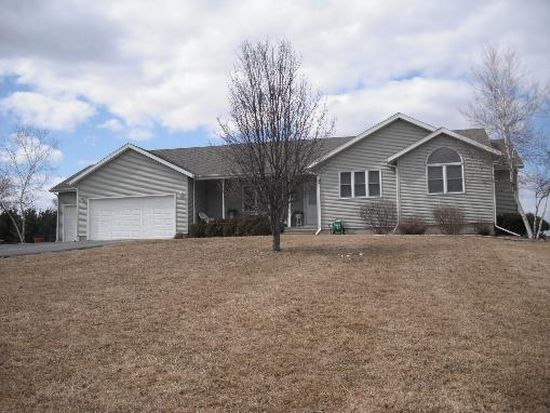 1875 Wildcat Ct, Dixon, IL 61021