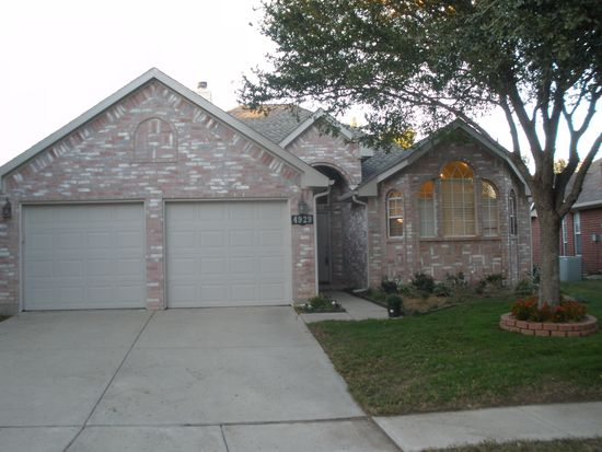 4929 Great Divide Dr, Fort Worth, TX 76137