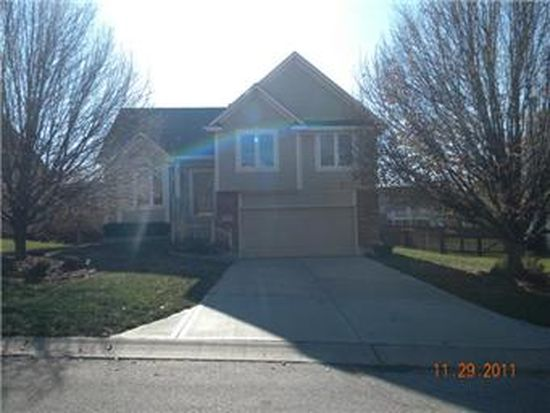 10527 Cleveland Ave, Kansas City, KS 66109