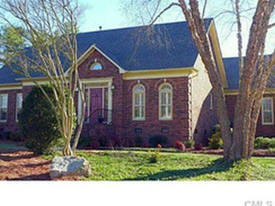 11824 Provincetowne Dr, Charlotte, NC 28277