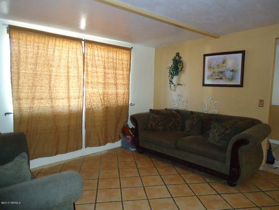 7830 E Dogwood St, Tucson, AZ 85730