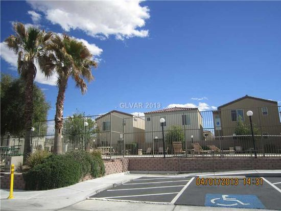 7703 Hampton Willows Ln, Las Vegas, NV 89113