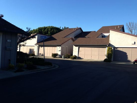 851 Spruance Ln, Foster City, CA 94404
