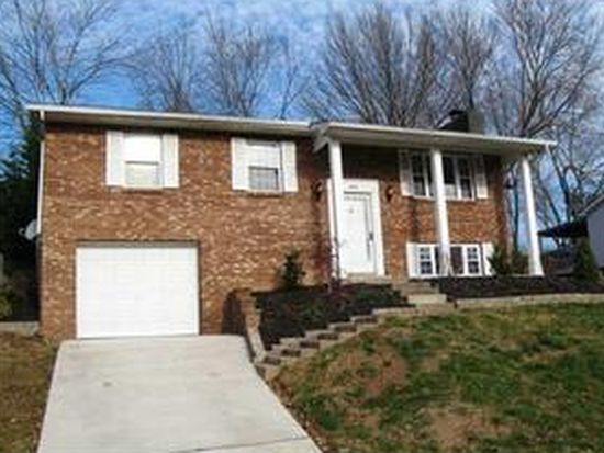 30 Evergreen Cir, Poca, WV 25159