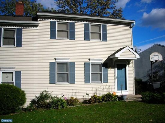 413 Grove Ave, Mohnton, PA 19540