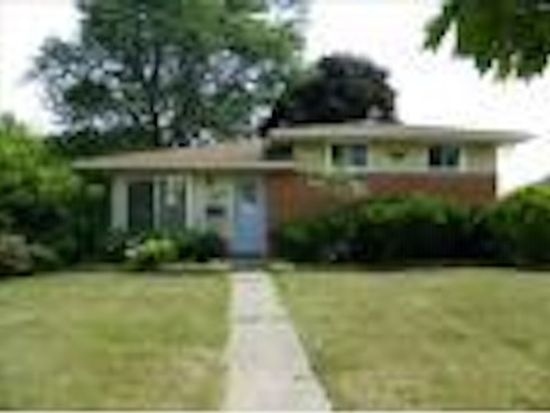 28407 Cambridge St, Garden City, MI 48135