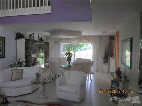 220 NE 211th St, North Miami Beach, FL 33179