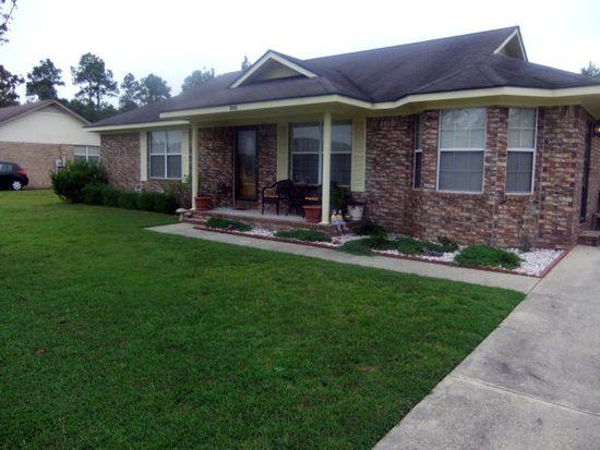 846 Ann Dr, Hinesville, GA 31313