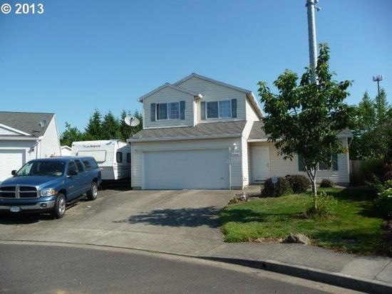 33695 SE Davona Dr, Scappoose, OR 97056