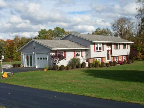 14916 Arnold Dr, Townville, PA 16360