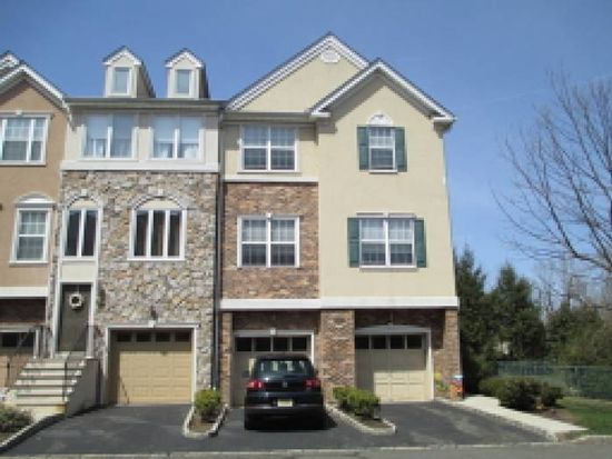 58 Devonshire Dr, Clifton, NJ 07013