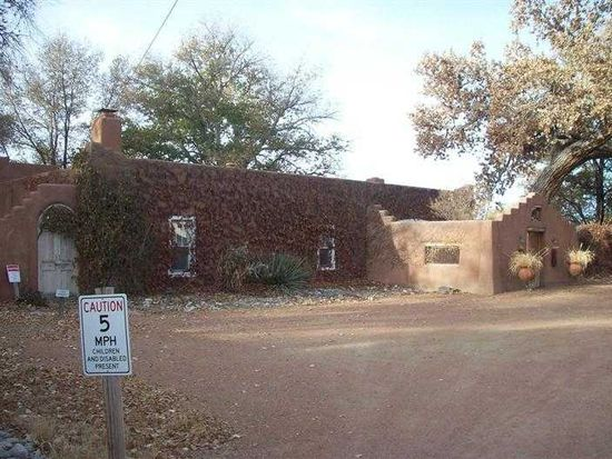 81 W Valverde Rd, Corrales, NM 87048