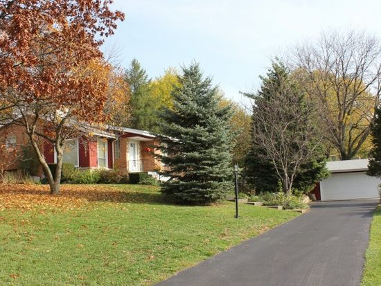 4003 Downers Dr, Downers Grove, IL 60515