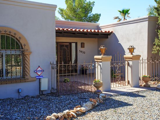 5430 N Estelle Dr, Tucson, AZ 85718