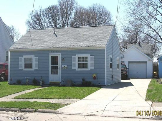 2056 Camphausen Ave, Erie, PA 16510