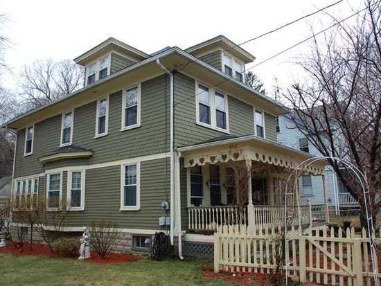 356 Winter St, Woonsocket, RI 02895
