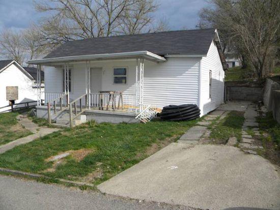 31 Maple St, Glouster, OH 45732