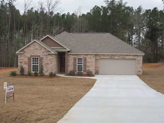 17 Price Ln, Sumrall, MS 39482