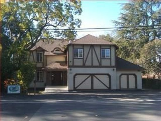 2054 Santa Cruz Ave, Menlo Park, CA 94025