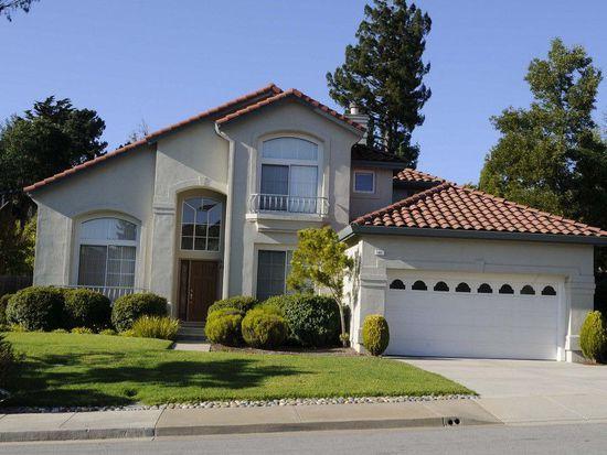 41 Lakewood Cir, San Mateo, CA 94402