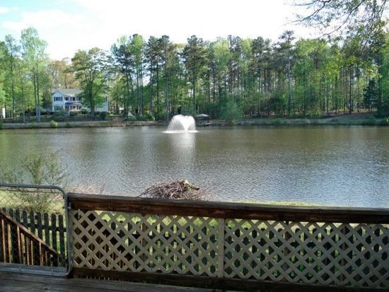 3115 Country Lake Dr, Powder Springs, GA 30127
