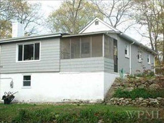 158 Walnut Rd, Lake Peekskill, NY 10537