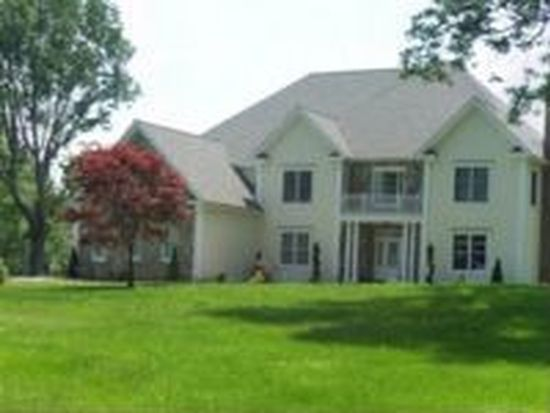 63 Parmalee Hill Rd, Newtown, CT 06470