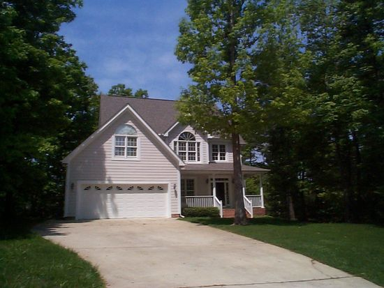 1409 Trackertrace Ct, Wake Forest, NC 27587