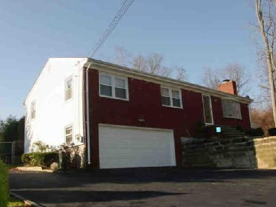 26 Barbato Dr, Johnston, RI 02919