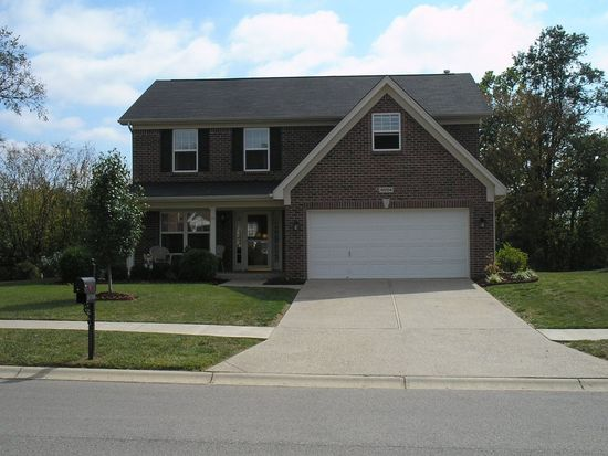 10704 Providence Dr, Louisville, KY 40291