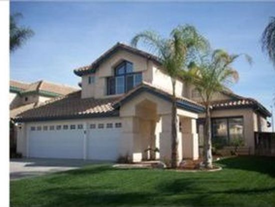8842 Mesa Oak Dr, Riverside, CA 92508