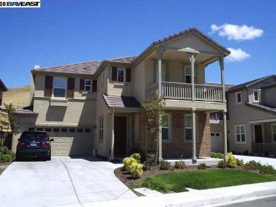 7224 Willow Creek Cir, Vallejo, CA 94591