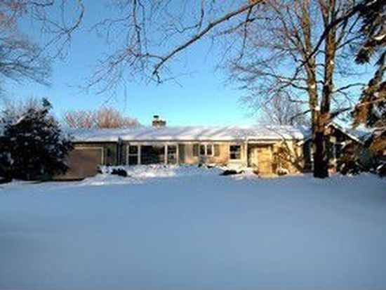 924 Central Ave, Downers Grove, IL 60516