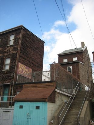 4729 Juniper St, Pittsburgh, PA 15224