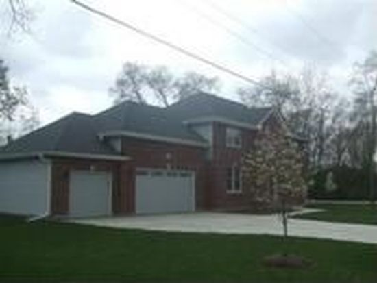 671 W Barry Ave, Addison, IL 60101