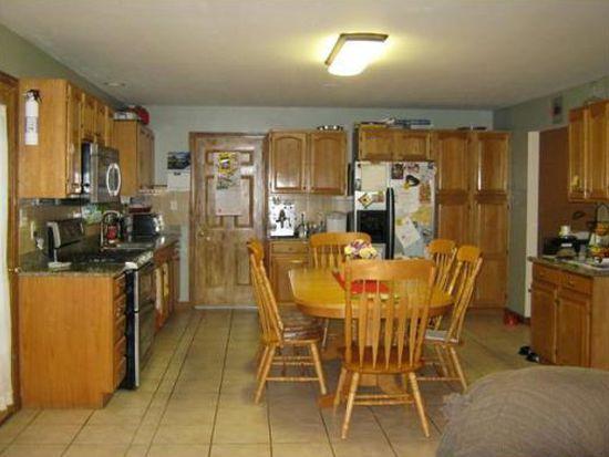 37 Araujo Ct, New Bedford, MA 02745