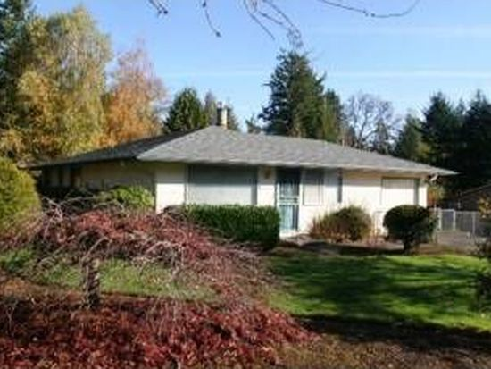 19510 Falcon Dr, Oregon City, OR 97045