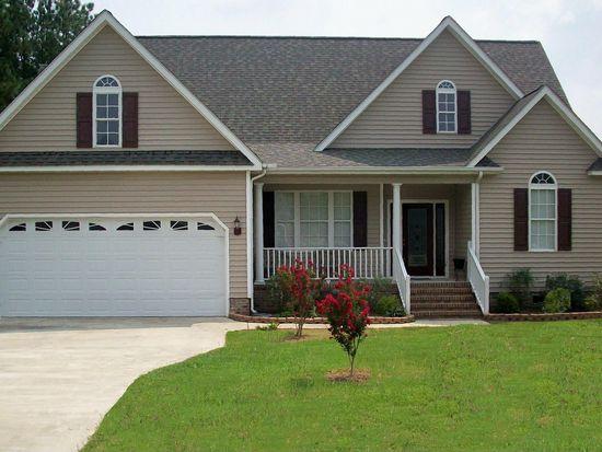 214 N Woodridge Dr, Pikeville, NC 27863